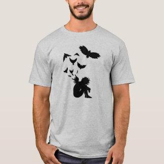 Camiseta caida del gris del ángel