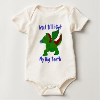 Camiseta coa alas del bebé de Dino Mameluco