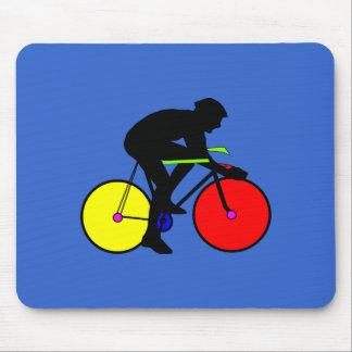 Camiseta coloreada multi de la bici de la biciclet alfombrillas de raton