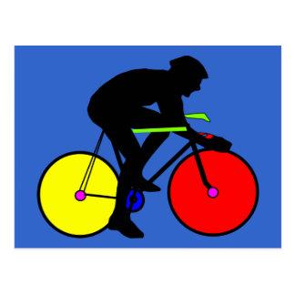 Camiseta coloreada multi de la bici de la postal