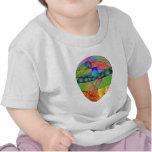 Camiseta colorida del mosaico del extracto extranj