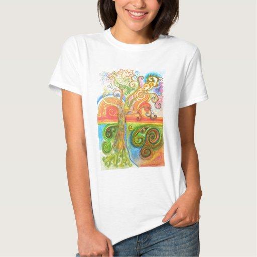Camiseta con el árbol psicodélico colorido de poleras