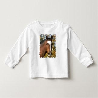Camiseta cuarta del niño del caballo playera