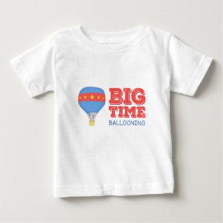 Camiseta de aerostación de los niños de la primera polera
