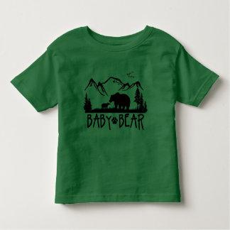 Camiseta de Great Outdoors del oso del bebé Poleras