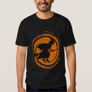 Camiseta de Halloween de la bruja del vuelo Camisas