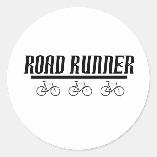 camiseta de la bici de los correcaminos pegatina redonda