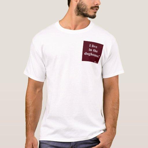 Camiseta de la caseta de perro