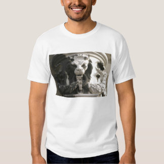 Camiseta de la escultura del león playera