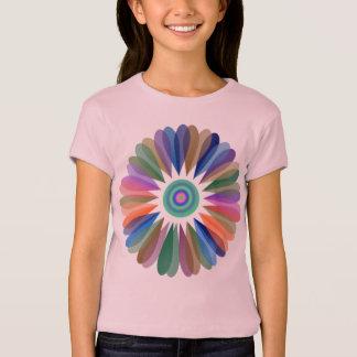 Camiseta de la flor del arco iris de la fantasía