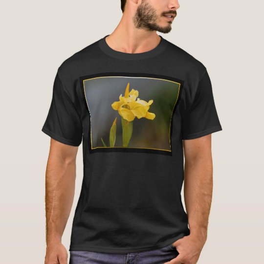 Camiseta de la flor del iris