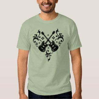 Camiseta de la guitarra del corazón playeras
