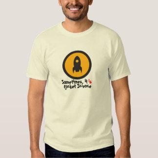 Camiseta de la ingeniería espacial playeras