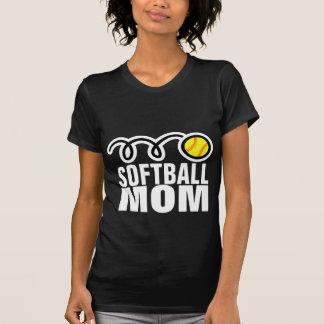 Camiseta de la mamá del softball para las mujeres