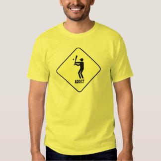 Camiseta de la muestra de la precaución del adicto poleras