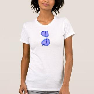 Camiseta de la mujer de las gafas de sol de la playera