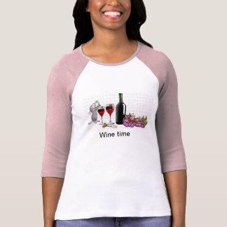 Camiseta de la mujer del tiempo del vino