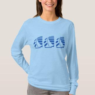 Camiseta de la navegación del barco que compite