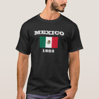Camiseta de la oscuridad de la bandera de la