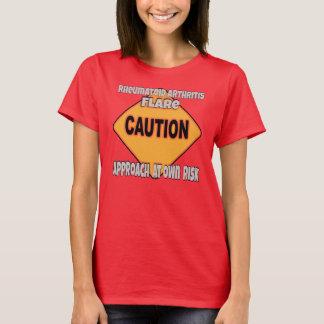 Camiseta de la precaución de la llamarada de la
