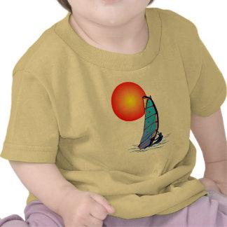 Camiseta de la resaca del viento