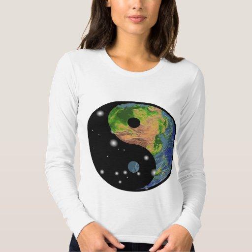 Camiseta de la tierra de Yin Yang Playeras