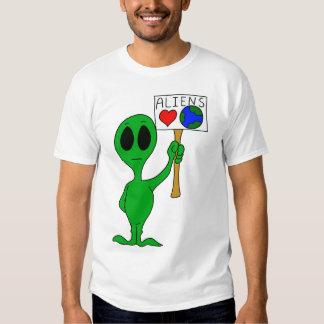 Camiseta de la tierra del amor de los extranjeros playeras
