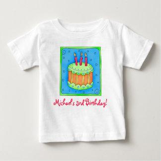 Camiseta de la torta del cumpleaños del tercer