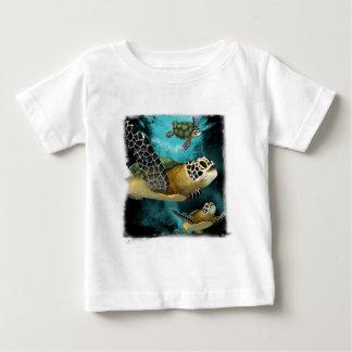 Camiseta de la vida marina de la tortuga de mar