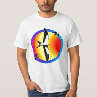 Camiseta de las cometas de la cola del trago