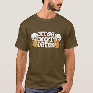 Camiseta de las drogas de las tazas no