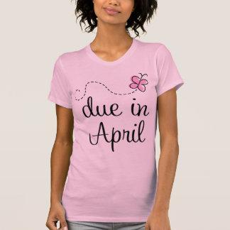 Camiseta de maternidad de la invitación de la