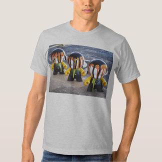 "Camiseta de MUNNY de la ""amenaza triple DENSE83"" Playera"