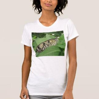 Camiseta de papel de la macro de la mariposa de la