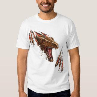Camiseta de rasgado del dragón polera