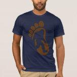 Camiseta de Sasquatch de la silueta de la huella