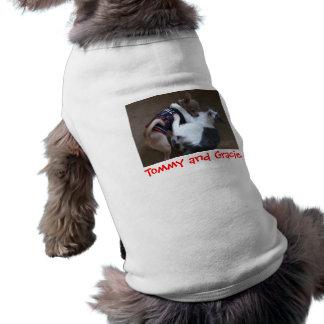 Camiseta de Tommy y del perrito de Gracie Ropa Macota