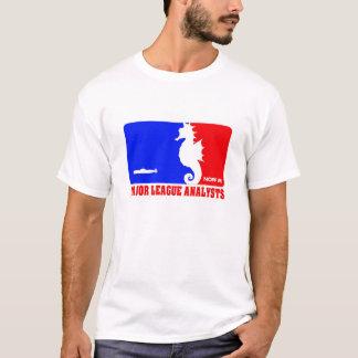 Camiseta del analista de la primera división