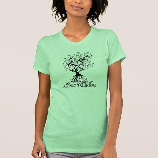 Camiseta del árbol
