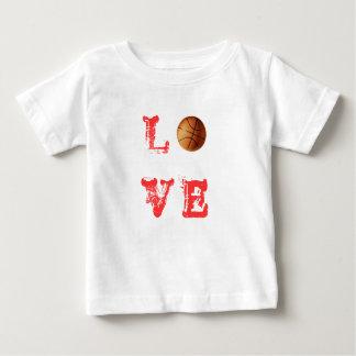 Camiseta del baloncesto del amor