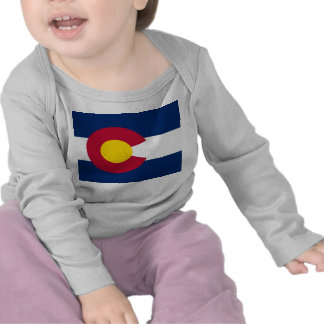 Camiseta del bebé con la bandera de Colorado, los