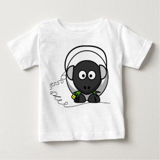 Camiseta del bebé con la impresión de las ovejas playera