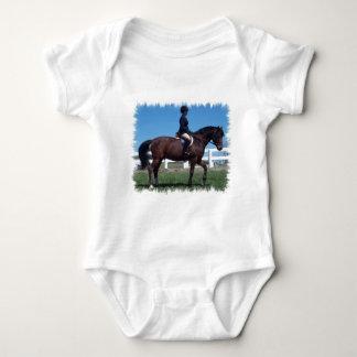 Camiseta del bebé de la demostración del caballo playeras