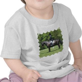Camiseta del bebé del anillo de la demostración de