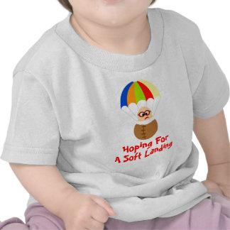 Camiseta del bebé del aterrizaje suave que se lanz