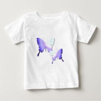 Camiseta del bebé del diseño de la mariposa