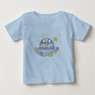 Camiseta del bebé del espacio de los azules cielos playeras