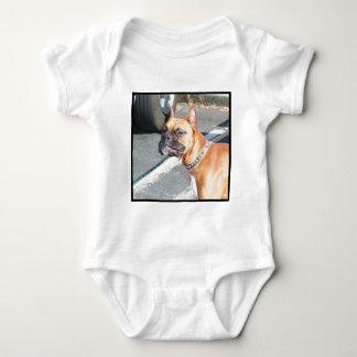 Camiseta del bebé del perro del boxeador del camisas