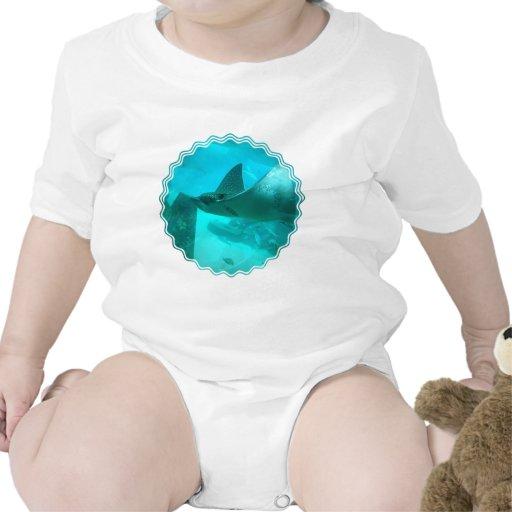 Camiseta del bebé del rayo de Manta