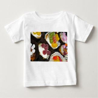 Camiseta del bebé del surtido de la magdalena playeras